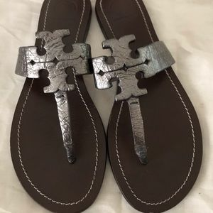 Authentic Tory Burch shoes gently worn size 8 1/2